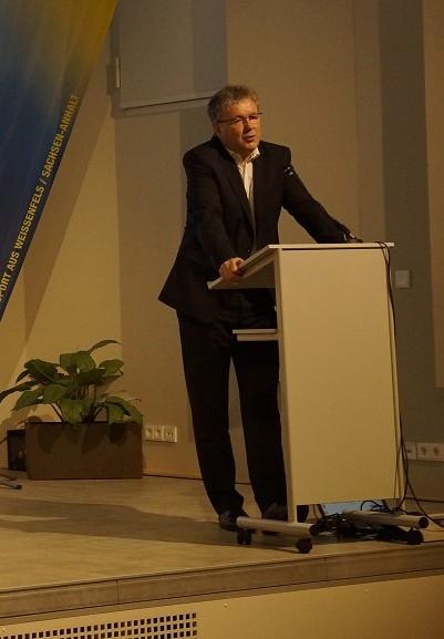 Weißenfels`Oberbürgermeister Robby Risch bei seiner Rede